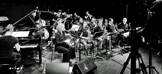 Sarah Chaksad Orchestra Windmond - Bauer Studios