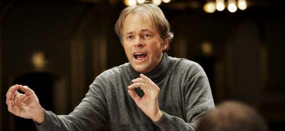 Hengelbrock dirigiert Mahlers Erste