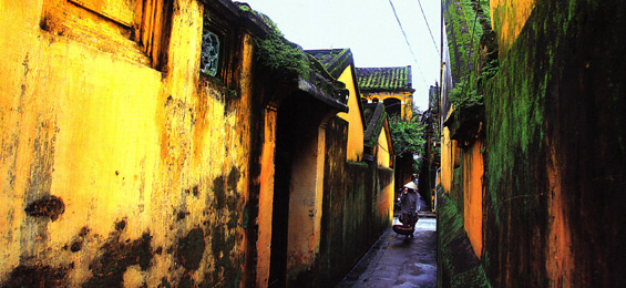 Hoi An - Piraten unter alten Dächern / Vietnam