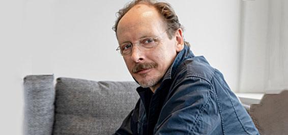 Axel Simon: Eisenblut Foto: Rowohlt