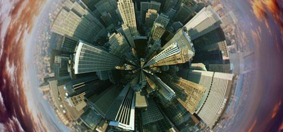 Vittorio Hoesle: Globale Fliehkräfte. Eine geschichtsphilosophische Kartierung der Gegenwart