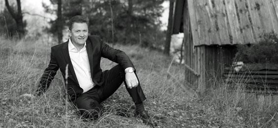 "Das Lettische Kunstlied – Egils Siliņš singt ""Latvian Songs"""