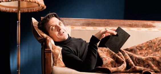 David Bennent - Trommler, Wortverkäufer, Schauspieler. St.Pauli Theater. Foto: Jin Rakete