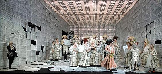 """Stefan Herheims """"Nozze di Figaro"""": Mozart ist mehr als schöne Bilder - Forster"""