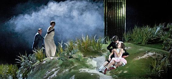 Lauri Vasar (Figaro), Katharina Kammerloher (Marcellina), Marianne Crebassa (Cherubino), Sónia Grané (Barbarina)