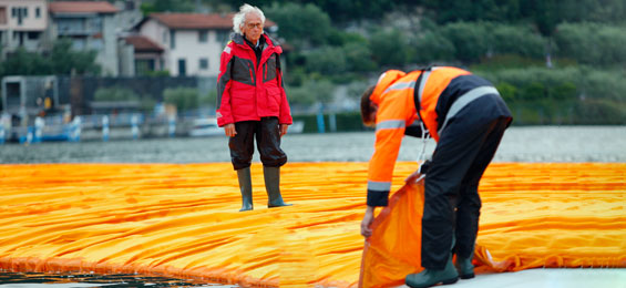 Christo am Lago d Iseo The Floating Piers