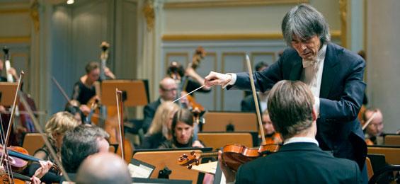 Saisonstart mit philharmonischem Glück und symphonischem Tiefgang