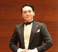 Wu Muye beim Schlussapplaus Laeiszhalle