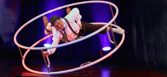 Das ist Hamburg 10. Spielzeit im Hansa-Theater Magie, Charme, Eleganz