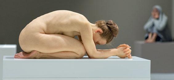 Almost Alive – Hyperrealistische Skulptur in der Kunst. Ist das real oder fake?