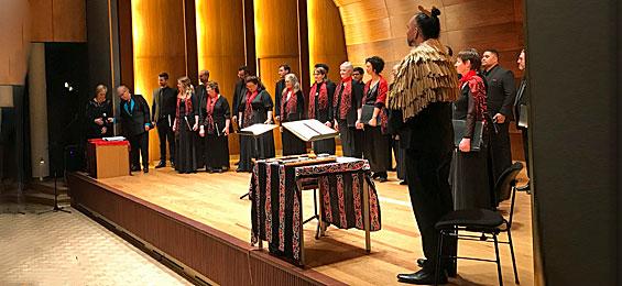 Voices of Aotearoa Stimmen aus Neuseeland. Das Fremde im Eigenen entdecken