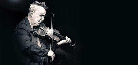 Nigel Kennedy spielte beim SHMF in der ausverkauften Musikhalle Luebeck Foto Charly Hyde