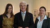 Simone Laubach, Harald Brommer (Vorsitzender Wenzel-Hablik-Stiftung) und Kartin Maibaum